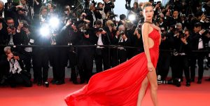 How to Pose Like a Red Carpet Pro