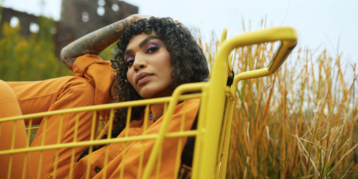 Sophia Roe on How Her New Show Counter Space is Bringing The Wellness Conversation Back to the Communities Where It Began