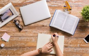 10 Websites With Freelance Writing Jobs For Beginners