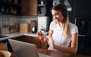 Earn $26/Hour Online As An English Teacher