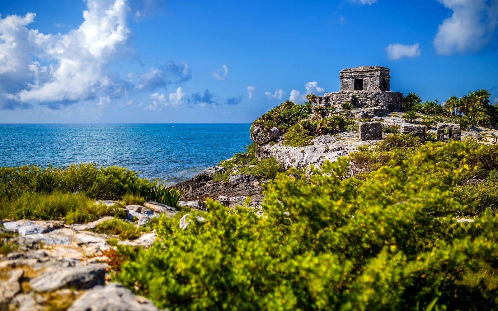 How To Visit The Tulum Ruins in Mexico